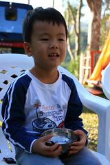 20091108_9704 (Yiwen103) Tags: 內灣 露營 尖石 卡丁車 櫻花谷 碰碰船 踏踏球