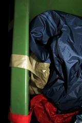 IMG_7903 (Seteg) Tags: blue red trash dumpster grey garbage mac shiny destruction rubber bin cleaning plastic trenchcoat rubbish waste gummi agu raincoat mll afvalbak nylon regen rainwear pvc raincoats anzug mackintosh vuilnis huisvuil cleaningup afval clearout rainsuit regenjacke mllsack shinycoat kliko regenjassen regenmantel regnfrakke regenjas mllbeutel nyloncoat vuilniszak regenanzug lackmantel rainsuits regnfrakk regnjakke gummimantel regnkappa regenpak regenkleding vuilcontainer regenbekleidung shiny gummiregenmantel regenpakken afvalzak mlleimern dumpsterbin agusport rubberbacked renjas nylon