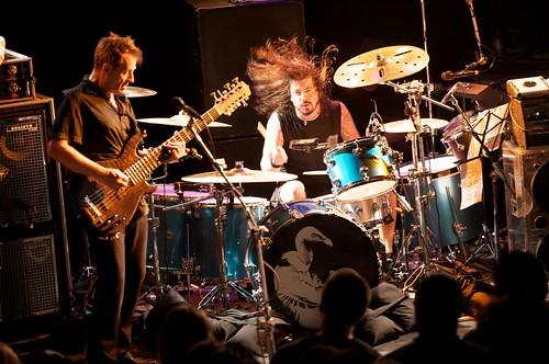 Them Crooked Vultures November 16, 2009