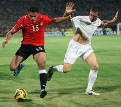 Egypt 0 - 1 Algeria in sudan (menosultra) Tags: world england usa cup horizontal 1 algeria us football team soccer sudan egypt national um khartoum algrie  supporters 2010 algerian      lquipe darman      algrienne