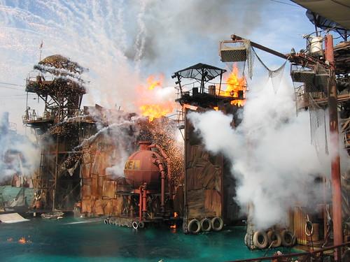 Universal_Studios_Waterworld[1]