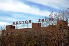 Tennessee, Nashville, Bruton Snuff (21,002) (EC Leatherberry) Tags: sign tennessee advertisement tobacco snuff nashvilletennessee davidsoncounty scaffoldsign brutonsnuff ussmokelesstobacco