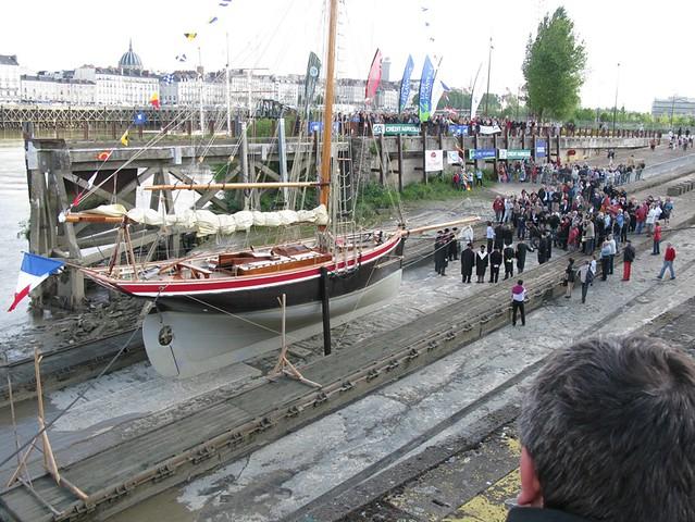 Botadura de la réplica del St Michel II, uno de los barcos de Verne en Nantes. 5725988128_93c51b6068_z