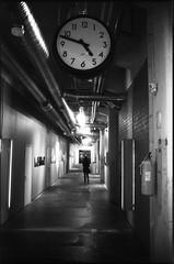 4:47 pm (flevia) Tags: bw clock analog finland blackwhite helsinki baltic bn hour nophotoshop pm biancoenero nikonfa foma analogico fomapan 447 nikkor35mmf2 scannednegatives fomapan400 epsonv700 thebaltics autaut epsonperfectionv700photo flevia imanalog