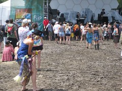 mid day mud (Use Your Head) Tags: campbisco campbisco2009 campbisco8 mariaville festival summer2009 rage useyourhead lostinsound coolkids neon shpongle simonposford latenight dancetent mudfest bluetech discobiscuits marcbrownstein brownie drfameus