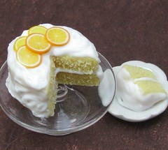 Orange Slice Topped Cake por fairchildart