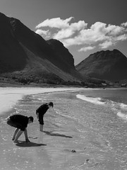 Beach (Nr, Ramberg Lofoten Norway) (Davidap2009) Tags: boy people blackandwhite holiday beach girl norway canon children outdoors landscapes norge personal lofoten g9 davidwilliamson platinumheartaward monochromeaward seebw