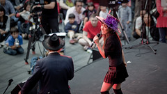2009_09_19_NihonMatsuri_018_web (Nigal Raymond) Tags: london japan september yukata  kimono canon5d matsuri 2009 spitalfields nihon odori  blackmagic  shashin japanesedancers  canon5dmkii nigalraymond wwwnigalraymondcom canon5dmk2