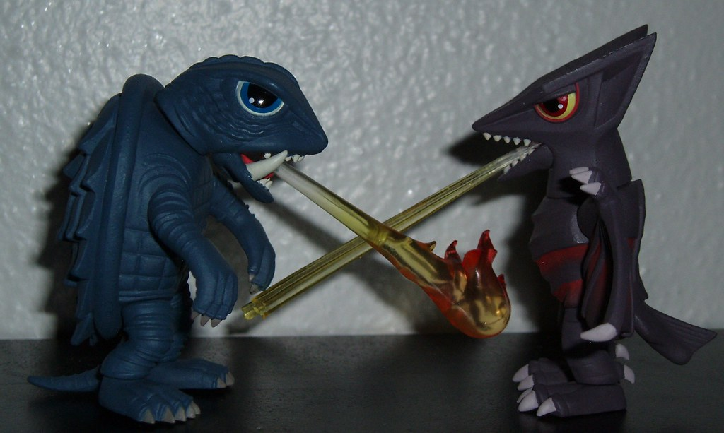 Gamera Vs Guiron Toys : The world s best photos of guiron and gyaos flickr hive mind