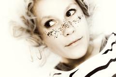 (iiiD.) Tags: portrait glitter 50mm nikon fleetfoxes d700