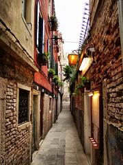 Venecia 04 (KidLoko) Tags: street venice italy david brick italia streetlamp sony venecia h9 acevedo kidlokofoto