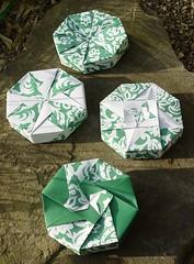 Achteckschachteln von Tomoko Fuse (Tagfalter) Tags: origami box tomokofuse