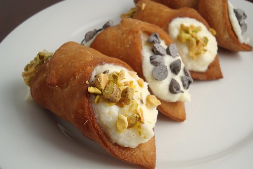 Daring Bakers: Cannoli