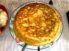 Tortilla de patatas    (tortilla española)