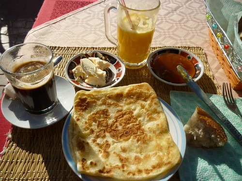 Breakfast in Ouazarzate