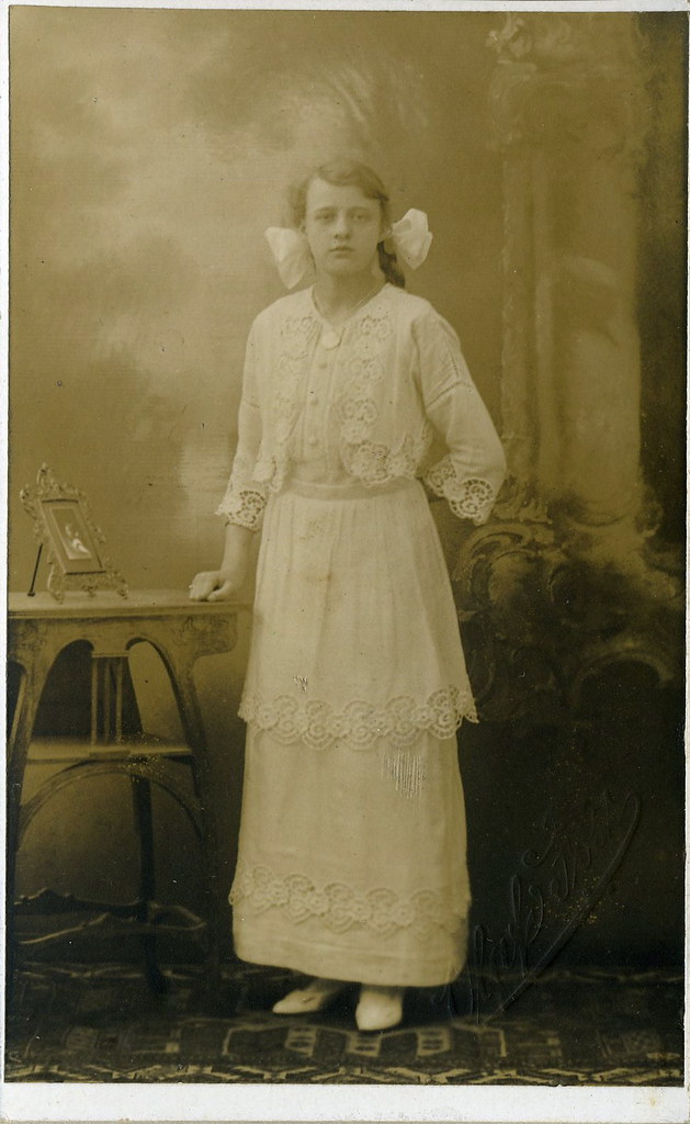 Pre-war Ghost