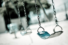 Day 137/365 - Swing Life Away (EMIV) Tags: cold canon bokeh 14 swings sigma 5d 85 tone