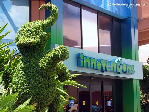 IMG_0984-WDW-EPCOT-elephant-topiary-Fantasia