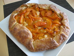 apricot almond crostata with cream cheese crust (Ande S.) Tags: sanfrancisco california dessert baking unitedstates almond apricot treat crostata eyefi