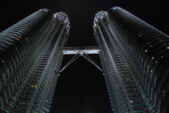 0045 Petronas Twin Towers, KL - View in large (Tartarin2009) Tags: travel building tower architecture skyscraper asia tour petronas malaysia getty kualalumpur sincity gettyimage riceworld gratteciel supershot flickrsbest mederka estremit twintowerspetronas earthasia highqualityimages fivegoldstars bestofmywinners mygearandmepremium topsevengroup ringexcellence dblringexcellence tplringexcellence tartarin2009 aboveandbeyondlevel4 aboveandbeyondlevel1 eltringexcellence aboveandbeyondlevel2 aboveandbeyondlevel3 magicmomentsinyourlife magicmomentsinyourlifelevel2 vigilantphotographersunite vpu2 vpu3 vpu4 vpu5 vpu6 vpu7 vpu8 vpu9 vpu10