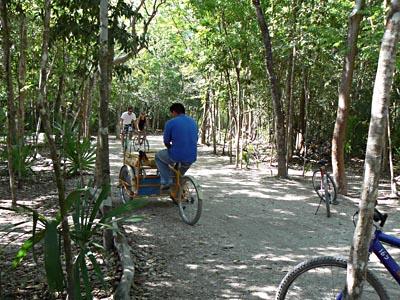 cyclo pousse.jpg