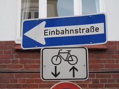 Einbahnstraße nach links