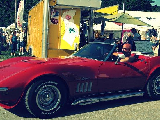 Shirtless Roy & his car