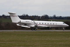 N887AG - Private - Gulfstream G550 - Luton - 090326 - Steven Gray - IMG_2332