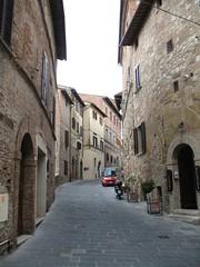 Via Ricci (kpmst7) Tags: street italy europe italia cobblestone tuscany montepulciano toscana 2009 westerneurope eurasia southerneurope sienaprovince