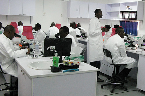 USAMRUK Malaria Diagnostics and Control Center of Excellence microscopy training -  Nigeria, Africa 092009