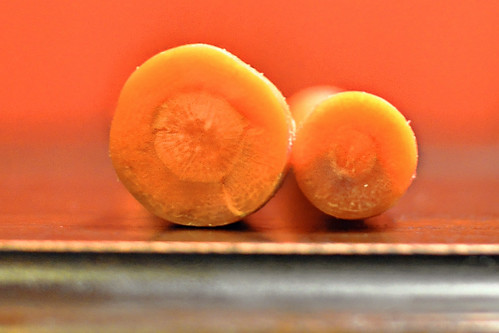 CarrotsVaryInSize