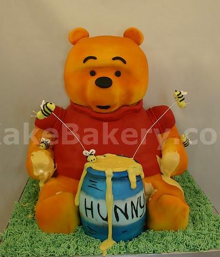 Winnie_the_Pooh_3D_Cake