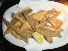 Fritura de pescado con Boquerones, Pijotas, Salmonetes y Acedías