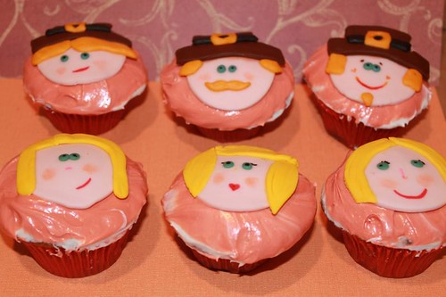 thanksgiving cupcake pilgrims