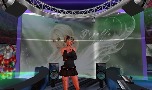 gizelle brandenburg at dance island