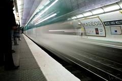 9 (Grobbs) Tags: motion blur paris station train underground nikon metro platform rail tunnel headlights seethrough publictransport ratp mtroparisien tamron1750 michelangemolitor d300s