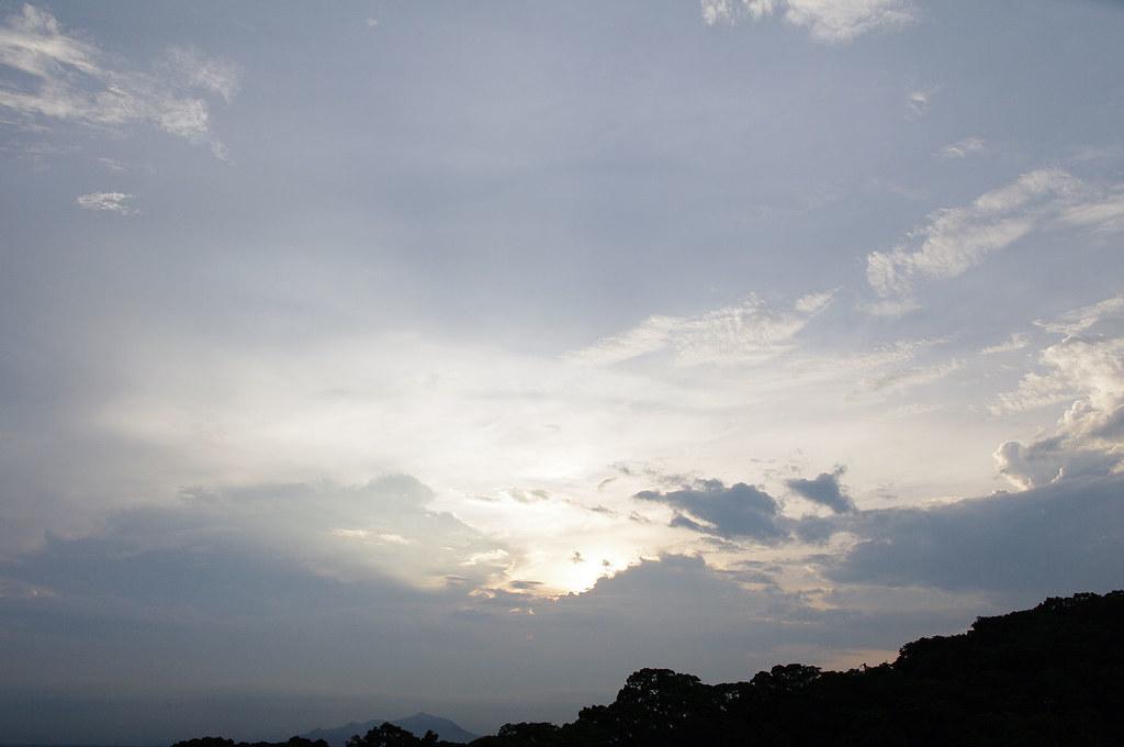 繽紛飛舞的雲兒