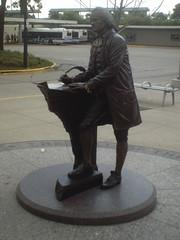 jeff park 005 (alfiemartin) Tags: chicago statue cta blueline trains jeffersonpark pace metra thomasjefferson route50 milwaukeeavenue lawrenceavenue transitcenter 60630 jfkexpressway