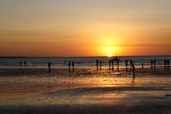 Sunset at Mindil 12 (kelvinlls) Tags: sunset australia darwin mindilbeach