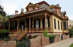 sweeney-royston house (Exquisitely Bored in Nacogdoches) Tags: galveston victorian galvestontexas nicholasjclayton sweeneyroystonhouse nicholasclayton thesweeneyroystonhouse