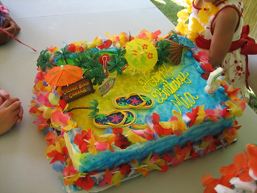 luau birthday cakes for kids