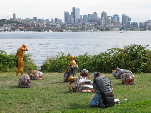 Sketching guerrilla art by Cyra Hobson at Gas Works Park