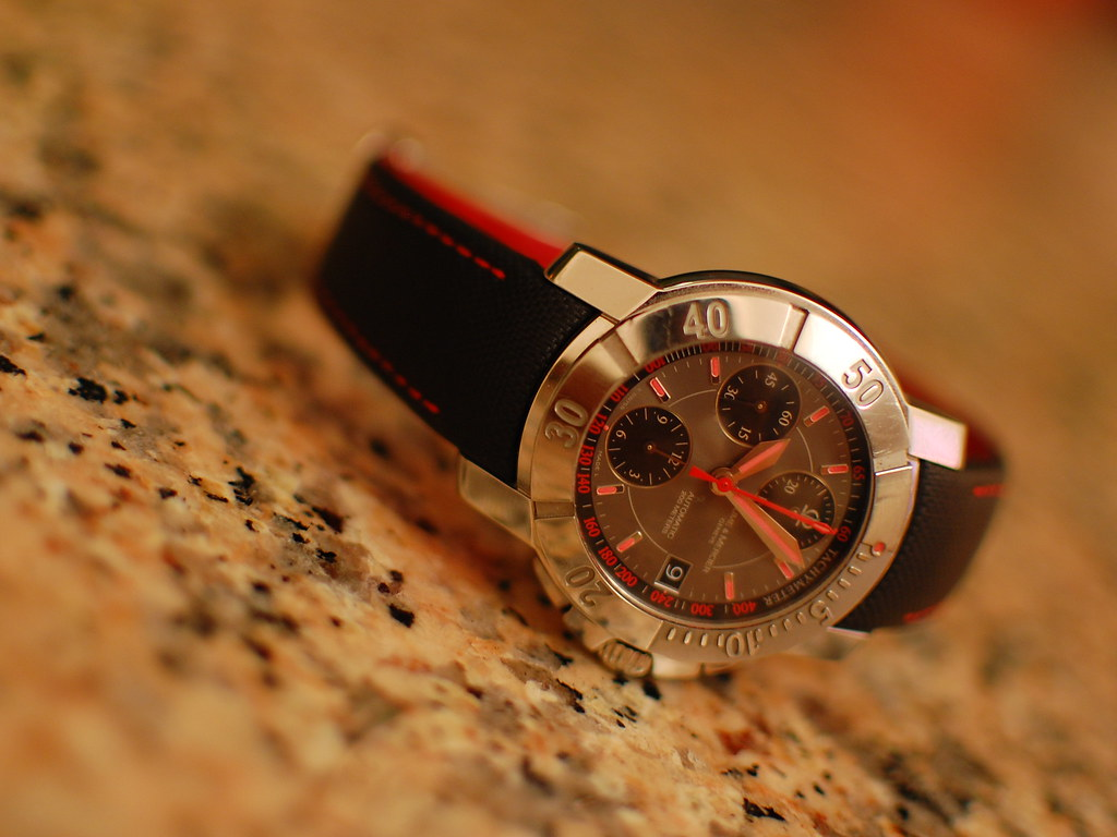 BAUME & MERCIER automatic watch