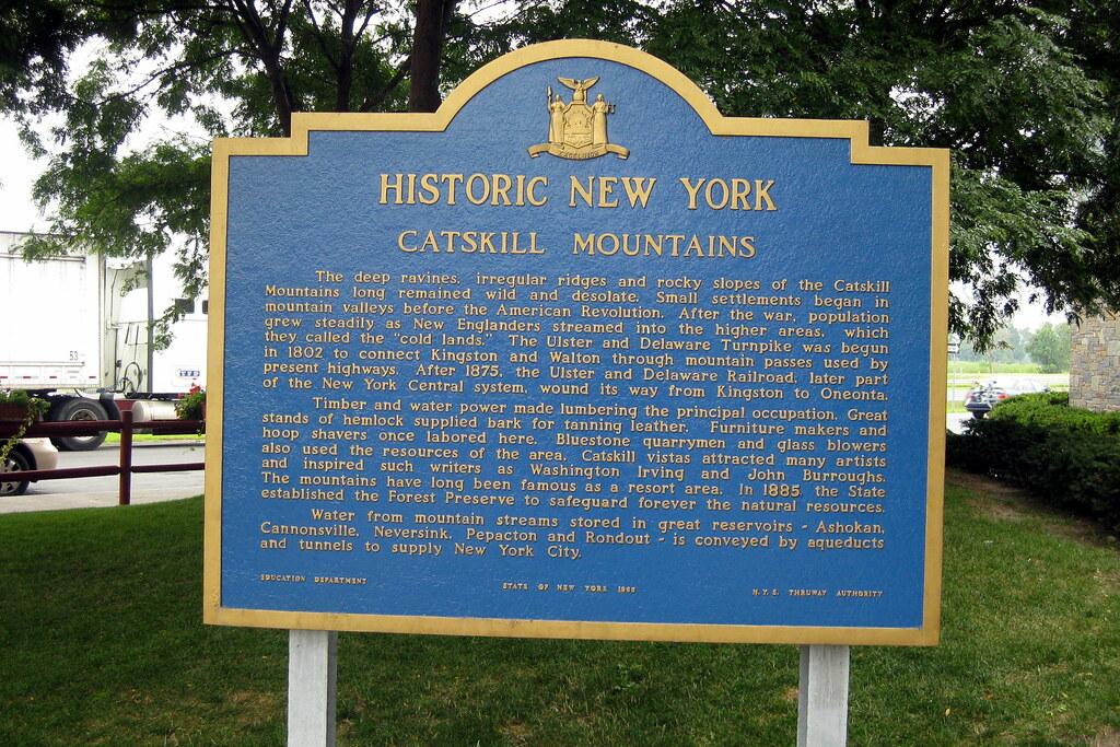 NY - New Baltimore: Catskill Mountains