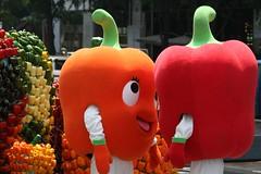 capsicum smackdown (hojusaram) Tags: red orange vegetables pepper fight brawl funny korea mascot seoul fighting mascots capsicum jealous trashtalk mascotsfightingisthefunniestthingever