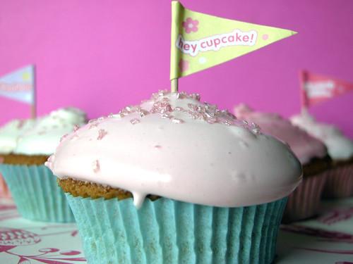 Hey cupcake!: Think Pink cupcakes