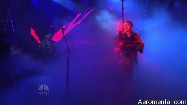 U2 SNL luces láser