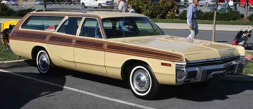 1973 Dodge Monaco wagon - a photo on Flickriver