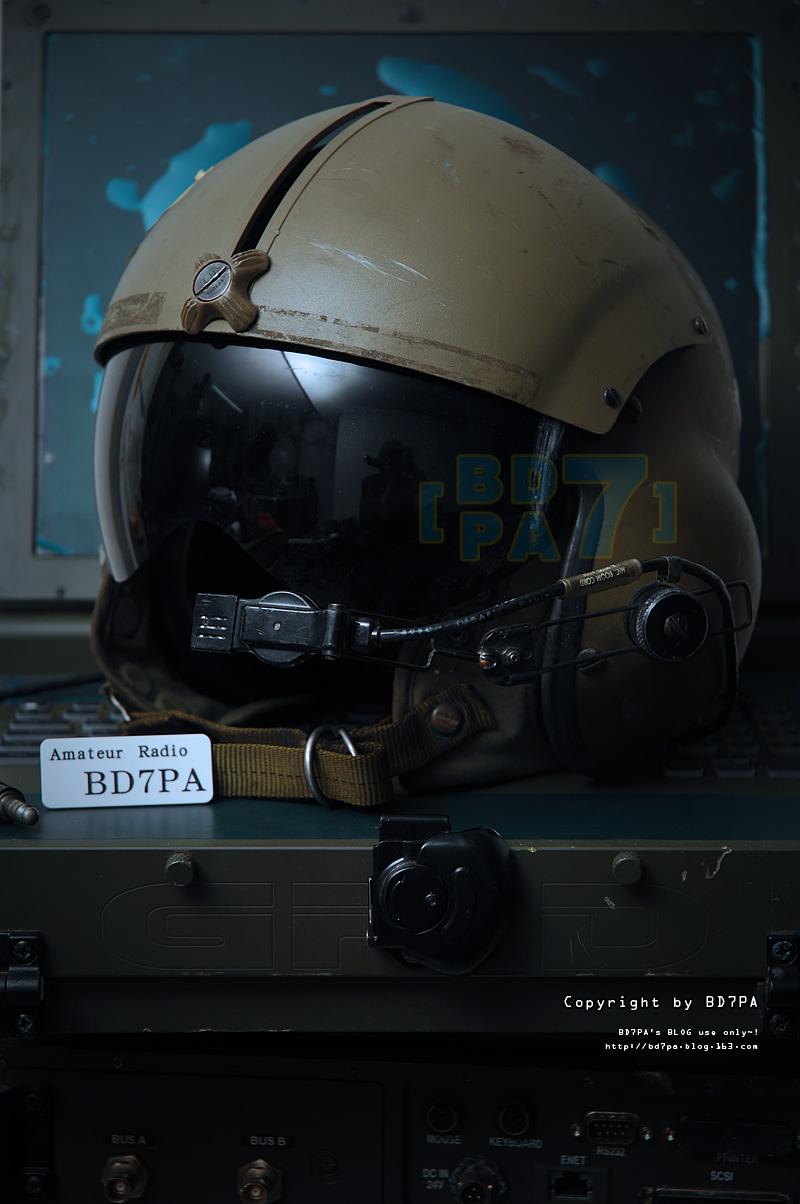 欣赏:实拍难得一见的真品 美军航空头盔