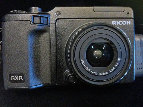 RICOH-GXR-S10-01